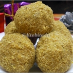 A Date with Sunflower Seeds – Baked Healthy Ladoos
