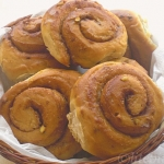 Cinnamon rolls – A Healthy Twist with Palm Sugar, honey and walnuts