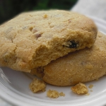 Peanut Butter and Chocolate Chip Wholewheat Cookies – A Melt-In-Mouth Crispy Bake