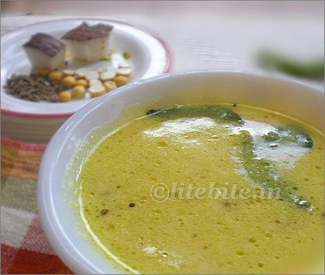 kadi or chickpea soup