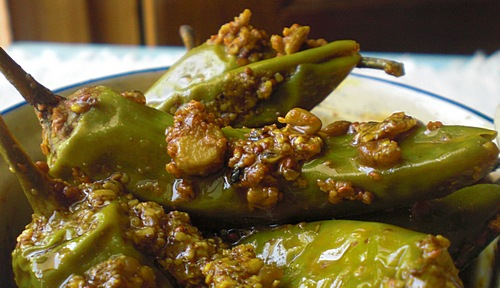stuffed green chilly pickle