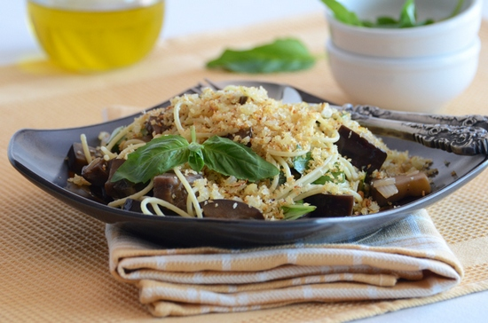 Spaghetti with Eggplant, Basil, & Breadcrumbs