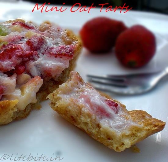 Mini fruit tarts with fruit filling