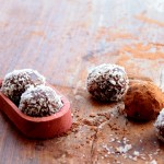 Easy chocolate truffles with nuts & digestive biscuits