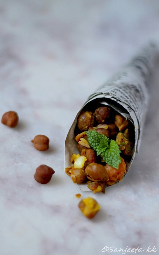 healthy black chickpea snack - channa zor garam
