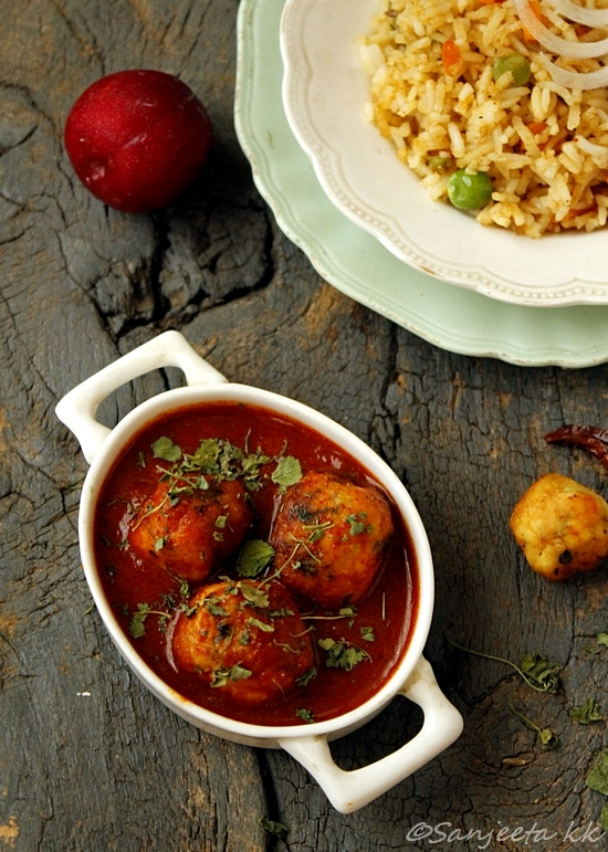 Tofu koftas in fresh plum sauce with tawa pulav