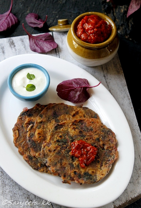 health amaranth rotis with onion tomato relish